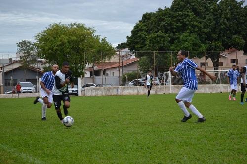 Nem ameaça de chuva impediu rodada da Copa Transição