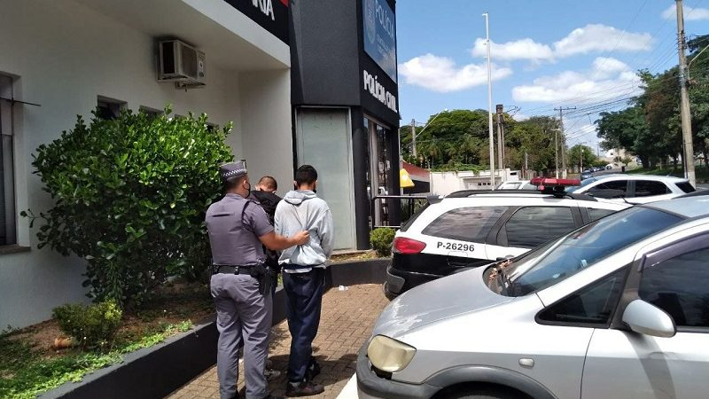 PM prende dupla de ladrões de carro no Jardim Soares
